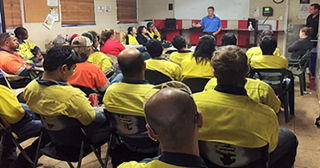 Jed presenting to ESCO Brisbane workers