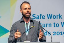 Buildsafe Queensland accepting their award