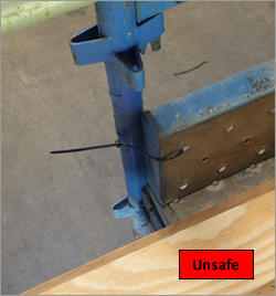 Toe board brackets - unsafe