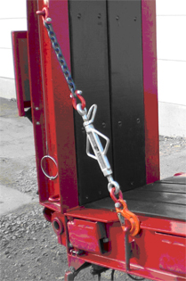 Photograph 3: Turnbuckle tensioning device with lock nut